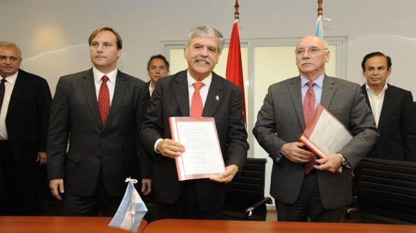 Revisión del Tratado de Yacyterá