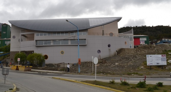 Grupo Newsan hace entrega del Complejo Artístico-Deportivo del Centro Polivalente de Artes de Ushuaia