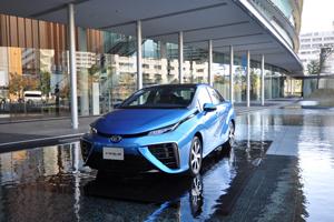 Toyota firma un acuerdo con 10 empresas para construir nuevas estaciones de hidrógeno
