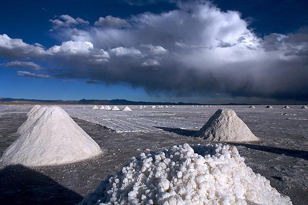 El Gobierno quiere triplicar la producción de litio en cinco años