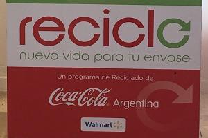 """Walmart se suma al programa """"Reciclo"""" de Coca-Cola"""