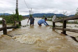 Ya suman 68 las víctimas fatales por inundaciones en Vietnam