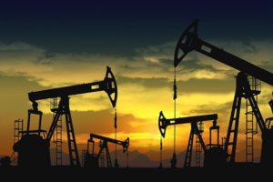 La OPEP y Rusia acordaron sostener el recorte petrolero en 2018