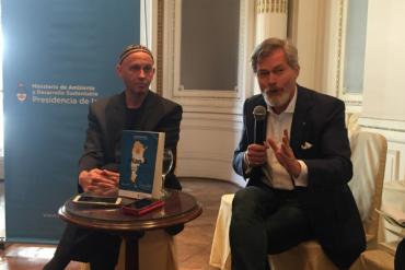Sergio Bergman y Gunter Pauli presentaron 10 proyectos sustentables basados en la economía azul